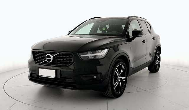 Volvo XC40 (2017--->) D4 AWD Geartronic R-design 14185